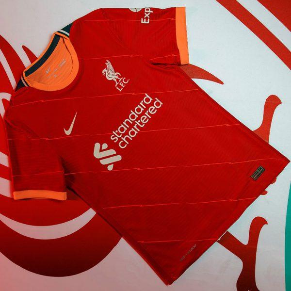 liverpool-2021-22-nike-home-kit-8