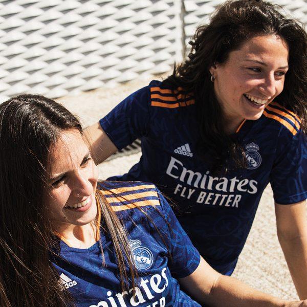 segunda-camiseta-adidas-real-madrid-2021-22-4